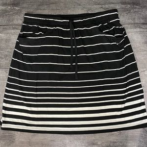 NWT Max Studio striped skirt with pockets